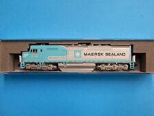 N scale Kato EMD SDP40F BNSF MAERSK road #6976 (DCC ready) NEW RELEASE