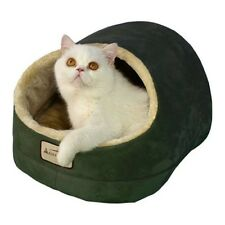 "Aeromark Cat Bed in laurel Green & Beige C18HML/MH , 18""L x 14""W x 12""H New"