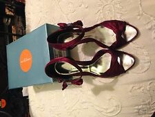 Karen Millen Satin Open toe red shoes with silver heel size 5