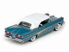 1958 Ford Fairlane 500 SILVERSTONE BLUE 1:18 SunStar 5282