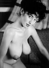 1965 Nude kneeling Very big breasts Pinup 8 x 10 Photograph
