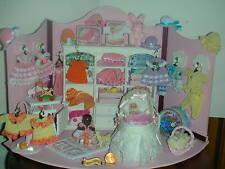 Babyladen, Strampler,Jäckchen,Hüte,Stubenwagen,Babystuhl /Puppenstube/Catrichen