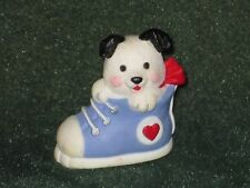 Hallmark Merry Miniature 1991 Puppy in Sneaker - Valentine - NEW