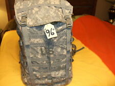 #96M BACK PACK HIKING OUTDOORS MOLLE II ARMY PACK & FRAME, EXECELLENT CONDITION
