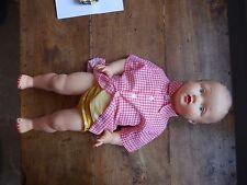 ancienne poupee petit colin ou similaire chemise a carreAU rouge