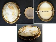 Broche camée sur coquille profil de femme Bijou ancien 19e siècle cameo