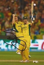 AUSTRALIA: SHANE WATSON SIGNED 6x4 WORLD CUP 2015 ODI ACTION PHOTO+COA