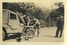 PHOTO ANCIENNE - VINTAGE SNAPSHOT - MILITAIRE JEEP PANNE - MILITARY BREAKDOWN