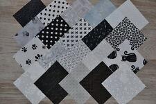 Lot de 20 coupons de Tissu patchwork blanc, noir et gris