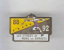 RARE PINS PIN'S .. FILLE SEXY TWIRLING MAJORETTE CHEERLEADER  MONS BAROEUIL~AX