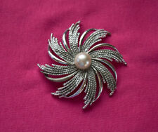 1950s Vintage Sarah Coventry Silver Embellished Pinwheel Brooch Pearl Jewelry