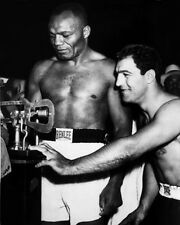 Heavyweight Fighters ROCKY MARCIANO vs JOE WALCOTT Glossy 8x10 'Weigh-in' Photo