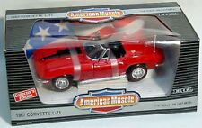 ERTL 1/18 1967 Chevy Corvette L-71 Convertible RALLYE RED #7489 American Muscle