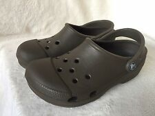 MENS ARMY GREEN CROCS SANDALS size M 6-7 UK
