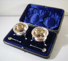 A Cased Pair of Antique Silver Salts & Spoons : Sheffield 1894