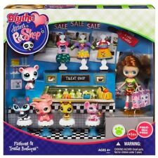 Littlest Pet Shop B27 Blythe's Fashions & Treats Boutique incl 5 pets, 4 outfits