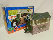Hornby OO Thomas & Friends Signal Box R9220