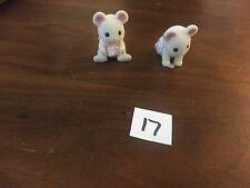 Calico Critters/Sylvanian Families figure and accessory lot #17