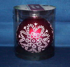 """4 """" ROUND GLASS CHRISTMAS ORNAMENT RED STENCIL SNOWFLAKE VERY PRETTY MUST SEE"""