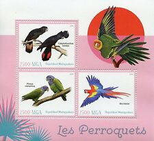 Madagascar 2016 MNH Parrots 3v M/S Scarlet Macaw Macaws Cockatoo Birds Stamps