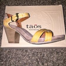 Taos Trolley Women's Sandal - Curry, size 41 (10-10.5)
