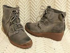 "Sorel $150 ""Toronto"" taupe suede waterproof wedge lace ankle boots EUC 10m"
