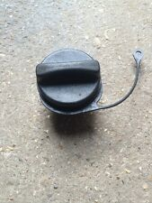 98-04 FORD FOCUS PETROL / DIESEL FUEL CAP WITH ANTI LOSE CORD 3 LUGS UNDERSIDE