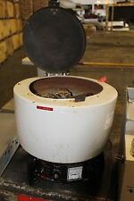 Damon/IEC Model HN-SII Laboratory Bench Top Centrifuge HNS-II WITH 958 ROTOR