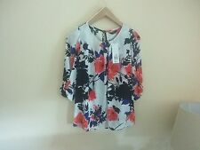 ��BNWT Stunning Ladies F&F White/Red/Black/Blue Floral Top Size 6��