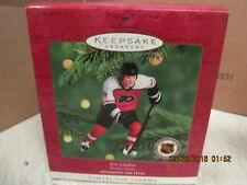 2000 Hallmark Keepsake Ornament NHL Eric Lindros  QXI6801 Hockey Greats