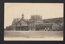ARRAS (62) ATTELAGES à la GARE trés animé en 1904