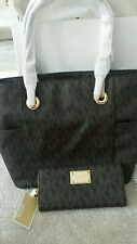 MICHAEL MICHAEL KORS Jets Set East/West Signature tote & Monogram grainy wallet