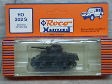 Roco / Herpa Minitanks (NEW) WWII US M-4 A3 Sherman Main Battle Tank Lot #931