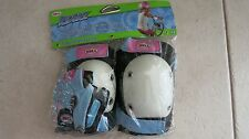Bell Riderz Gloves , Knee And Elbow pads included ages 4-8 Street shred pad set