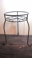 VINTAGE WROUGHT IRON PLANT STAND HOME & GARDEN PETITE TABLE DISPLAY RACK SHELF