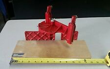 VTG MASTER MECHANIC CLAMPING MITER BOX #791220 RED