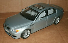 1/18 Scale BMW M5 Sedan Diecast Model Car - 2007 BMW E60 V10 Luxury Sport Saloon
