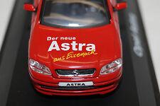 SCHUCO OPEL ASTRA G Sondermodell der Neue Astra aus Eisenach 1/43 rot