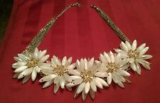 "~ Beautiful Rare Lucite Flower Daisy Designer RUNWAY NECKLACE signed "" T"""