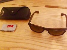 RAY BAN RB2132 NEW WAYFARER Polarisés Haven mat
