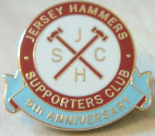 West ham united supporters club jersey marteaux badge broche pin 26mm x 24mm