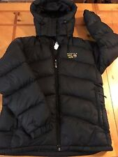 MOUNTAIN HARDWEAR Sz Medium Down Jacket Hooded Parka Winter Coat NOT WORN