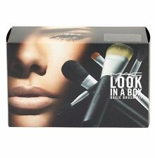 MAC Look in a Box - Basic Brush Kit Travel Bag + 5 Brushes