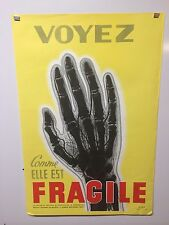 Original Vintage French Safety Poster Voyez Fragile securite sociale service 67