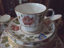 "12 ROYAL WORCESTER Cups & Saucers - ""Virginia"" Floral Border/Gold Edge"