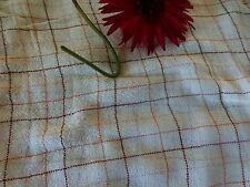 tissage ancien ,rideau 1m,83haut x2,22 large ècru clair ,carreaux