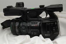 SONY PMW-EX1R XDCAM EX DIGITAL VIDEO HD CAMERA 41 TOTAL HOURS