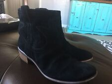 Lucky Brand 'Terra' Black Suede Leather Pull On Ankle Boots Western Style 9 M 40