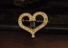 VINTAGE Verde Smeraldo e chiare Crystal Cuore Spilla placcata in oro 22ct