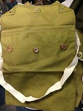 British Army Respirator haversack looks unused dated 1940. canvas gas mask bag